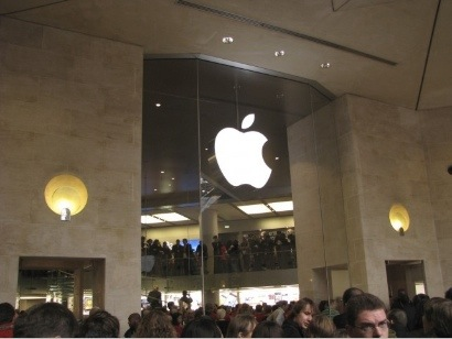 Primo store Apple aperto in Francia